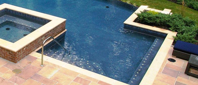 petite piscine béton
