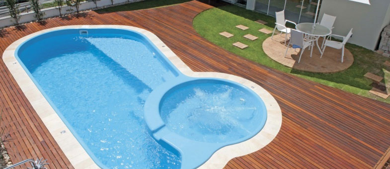 mini-piscine coque polyester